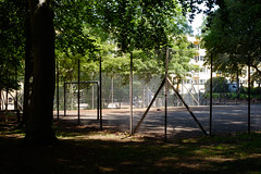 Playground in the park (Håkan Dahlström) Tags: 2019 ball fence field malmö net park rönneholmsparken skåne sweden f40 xt1 landscape uncropped 0ev normal 2019060911201422 raw 35mm iso200 ¹⁄₁₂₅sec xf35mmf14r fujifilmxt1