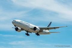 Air France, B772, F-GSPL (Bob from Caledon) Tags: airfrance b777200 cyyz fgspl pearsoninternationalairport torontopearsoninternationalairport aeroplanes aircraft airplanes arrivals runway05