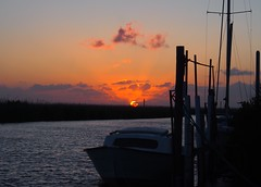 sunset at the little harbor (evablanchardcouet) Tags: sunset coucherdesoleil boat sky sun clouds groupenuagesetciel