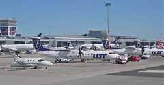 Busy apron at Warsaw Chopin Airport (roomman) Tags: poland 2019 transport transportation aviation plane planes flight airport air terminal muc waw munich germany warsaw chopin lh lufthansa dlh airbus a319 319 airbus319 airbusa319 aibf daibf splsf b787 787 lsf dreamliner oyybz ybz bombardier q800 q400 spkhk khk cessna 510 citation mustang amc apron ldk spldk embraer e170 e190 bz speqb tail tails epwa eddm