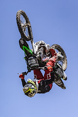A55T8669 (Nick Kozub) Tags: brett turcotte fmx freestyle motocross demo demonstration airborne altitude kiss sky icarus motorcycle armageddon escape gravity insane cloud day monster energy compound pushpull eos photography f1 canada canon ef usm l 100400 f4556 is