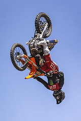 A55T8614 (Nick Kozub) Tags: brett turcotte fmx freestyle motocross demo demonstration airborne altitude kiss sky icarus motorcycle armageddon escape gravity insane cloud day monster energy compound pushpull eos photography f1 canada canon ef usm l 100400 f4556 is