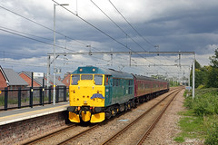31128 Roby 9th June 2019 (John Eyres) Tags: 31128 charybdis tnt 37668 roby with branchline society tour the sunday yicker 1z29 1545 ashton makerfield crewe 090619