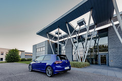 VW Golf 7 R (Franck Schneider) Tags: vw golf 7 r vwgolf7r volkswagen golf7r golfr volkswagenr lapizblue blue lapiz photography car voiture picture canon eos eosr canoneosr