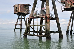 DSC_1580 (Thomas Cogley) Tags: red sands fort maunsell army world war two 2 ii ww2 wwii defence antiaircraft tower metal rust decay river thames sea water old historic project redsand history