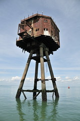DSC_1613 (Thomas Cogley) Tags: red sands fort maunsell army world war two 2 ii ww2 wwii defence antiaircraft tower metal rust decay river thames sea water old historic project redsand history
