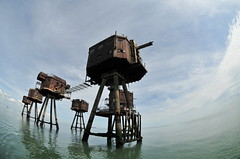 DSC_1618 (Thomas Cogley) Tags: red sands fort maunsell army world war two 2 ii ww2 wwii defence antiaircraft tower metal rust decay river thames sea water old historic project redsand history