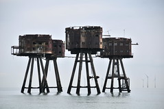 DSC_1515 (Thomas Cogley) Tags: red sands fort maunsell army world war two 2 ii ww2 wwii defence antiaircraft tower metal rust decay river thames sea water old historic project redsand history