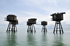 DSC_1529 (Thomas Cogley) Tags: red sands fort maunsell army world war two 2 ii ww2 wwii defence antiaircraft tower metal rust decay river thames sea water old historic project redsand history