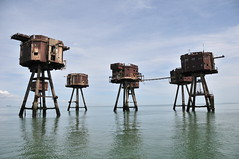 DSC_1666 (Thomas Cogley) Tags: red sands fort maunsell army world war two 2 ii ww2 wwii defence antiaircraft tower metal rust decay river thames sea water old historic project redsand history