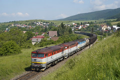751035 Raztocno (Gridboy56) Tags: grumpy bardotky 751 751035 751118 752018 pn68321 novaky hornastubna raztocno locomotives locomotive trains train railways railroad railfreight europe wagons cargo diesel freight zsskcargo zssk slovakia