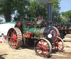 Wallis & Steevens Steam Traction Engine. (Fred Dean Jnr) Tags: dunkereen innishannon innishannonsteamvintagerally vintage cork june2009 innishannonsteamvintagerally2009 wallissteevens tractionengine molly