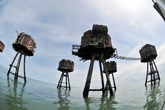 DSC_1564 (Thomas Cogley) Tags: red sands fort maunsell army world war two 2 ii ww2 wwii defence antiaircraft tower metal rust decay river thames sea water old historic project redsand history