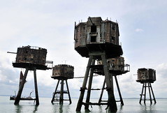DSC_1577 (Thomas Cogley) Tags: red sands fort maunsell army world war two 2 ii ww2 wwii defence antiaircraft tower metal rust decay river thames sea water old historic project redsand history
