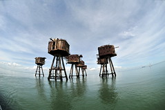 DSC_1620 (Thomas Cogley) Tags: red sands fort maunsell army world war two 2 ii ww2 wwii defence antiaircraft tower metal rust decay river thames sea water old historic project redsand history