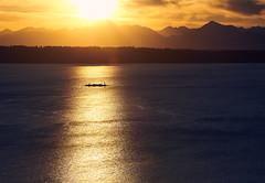 _DSC3876 JPEG sRGB (owen galen jones) Tags: sunset seattle washington pugetsound sunsethillpark mountains