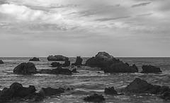 3 Elementos (deytano velde1) Tags: deytano deytanovelde nikon nikond7100 sigma1770 1770 isla tabarca agua rocas cielo nubes blanco blancoynegro amanecer