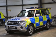 SF14 NNP (S11 AUN) Tags: police scotland mitsubishi shogun 4x4 traffic car anpr rpu trpg trunkroadspatrolgroup roads policing unit 999 emergency vehicle glasgow ggdivision sf14nnp