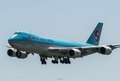 R_DSC_5491 (ViharVonal) Tags: vie loww airplane wien photography photo plane austria nikon tamron
