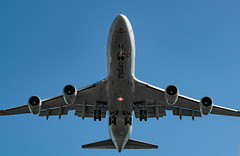 R_DSC_5941 (ViharVonal) Tags: vie loww airplane wien photography photo plane austria nikon tamron