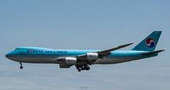 R_DSC_5497 (ViharVonal) Tags: vie loww airplane wien photography photo plane austria nikon tamron