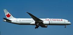 R_DSC_5300 (ViharVonal) Tags: vie loww aircanada airplane photography photo nikon tamron