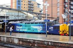 37 059 on a Pathfinder at Leeds (Alun EH) Tags: class37 class370 drs directrailservices 37059 pathfinderrailtours leeds leedsstation ee englishelectric br britishrail britishrailways train railway railroad