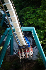 Alpengeist (zachclarke) Tags: buschgardenswilliamsburg buschgardenseurope buschgardens bgw bge bg seaworldentertainment seaworldparks seaworld williamsburg williamsburgva va virginia colonialwilliamsburg 2019 summer may nikon d5600 nikond5600 zachclarke zachclarke2 amusementpark themepark park rides rollercoaster alpengeist bm invert invertedcoaster germany rhinefield