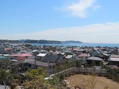 View over Yuigahama and Sagami Bayat Hase-dera (Sean_Marshall) Tags: 鎌倉市 鎌倉 kamakura japan hasedera 海光山慈照院長谷寺 temple buddhisttemple