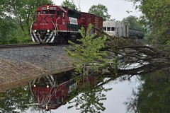Back Water Sprayer (R.G. Five) Tags: cp marquette reflection water flooding swamp chase fex fxe gp382 weed spraying sprayer boxcar rwcx 106 iowa