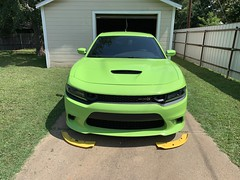 IMG_2559 (Smalltowntx87) Tags: 2019 dodge charger scat pack automotive dealership brand new car sublime green pearl 392 hemi 64 57 iphone xs max fiat chrysler 485hp srt