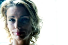 _S-101 (roberke) Tags: portrait portret woman vrouw female femina face gezicht eyes ogen smile glimlach hair haar availablelight naturallight daylight daglicht indoor binnen