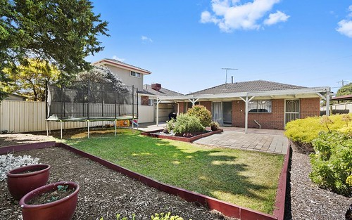 20 Edwards Drive, Altona Meadows VIC 3028