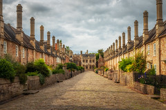 Vicar's Close (Rich Walker Photography) Tags: wells somerset medieval history historic street road houses house buildings ancient landscape landscapes landscapephotography greatbritain uk england canon efs1585mmisusm eos eos80d