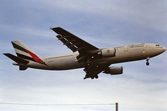 A6-EKF A300 Emirates LHR 19-06-93 (cvtperson) Tags: a6ekf a300 emirates london heathrow lhr egll