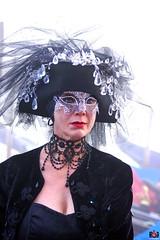 QUINTESSENZA VENEZIANA 2019 817 (aittouarsalain) Tags: venise venezia carnevale carnaval costume masque portrait regard chapeau