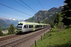 RABe 535 116-8 und 110-1 als RE 4271 Spiez - Brig bei Kandersteg (Markus-Seeger) Tags: eisenbahn lötschberg lötschberger rabe5351168 rabe5351101 regioexpress kandersteg kandertal zug personenzug