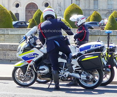 "bootsservice 19 2020905 (bootsservice) Tags: police ""police nationale"" policier policiers policeman policemen officier officer uniforme uniformes uniform uniforms bottes boots ""riding boots"" motard motards motorcyclists motorbiker biker moto motorcycle bmw paris"