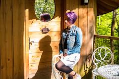 blue jeans (nicolas-7878) Tags: blue bleu jeans veste violet hair purple visage jambe legs pose model portrait cabane composition cinematic ombre shadow femme girl woman lady suave lovely pretty nikon style extérieur outdoor personne people