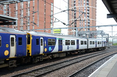 150211 at Leeds (stephen.lewins (1,000 000 UP !)) Tags: northern class150 150211 leeds yorkshire railways
