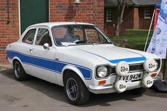 LVX 942M (Nivek.Old.Gold) Tags: 1973 ford escort rs2000 mk1