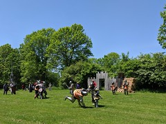 MVIMG_20190608_133047_1_2 (clefq) Tags: smpoole google pixel 2 htc mobile cell phone canada spring ontario upper village june 2019 medieval festival knights fighting