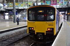 150124 at Leeds (stephen.lewins (1,000 000 UP !)) Tags: northern yorkshire leeds railways class150 150124