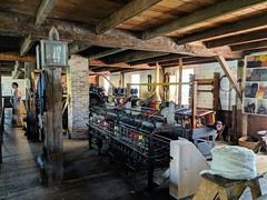 IMG_20190608_102525 (clefq) Tags: smpoole google pixel 2 htc mobile cell phone canada spring ontario upper village june 2019 cotton mill