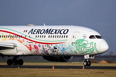 AeroMexico B787-9  XA-ADL (R.Lenes Aviation) Tags: early landing eham ams amseham air schiphol roger lenes plane airplane aircraft outdoor jet amsterdam flugzeug luftfahrt fluggesellschaft flughafen flugplatz aeroplane aviation airline airport airfield 飞机 vliegtuig 飛機 飛行機 비행기 самолет avião luchthaven luchtvaart avion aeropuerto aviación aviação aviones linienflugzeug vorfeld apron taxiway rollweg runway startbahn landebahn planespotter planespotting spotter spotting cockpit sky aeromexico mexico xaadl b7879 b787 dreamliner polderbaan