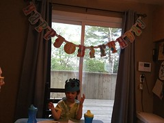 Ezra's Third Birthday (brownpau) Tags: birthday ipadair2 sign ezra ezraordo