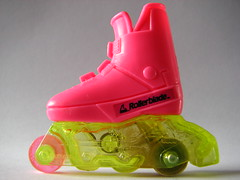 Barbie Rollerblade (Vallø) Tags: danmark denmark vallø 2019 macro closeup pink lyserød rollerblade barbie legetøj toy barbieaccessories accessories inside indoor macromondays childhoodtoys 10faves 15faves 20faves 500views 25faves 30faves 1000views