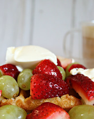 2019 Sydney: Coffee + Waffles, Fruit & Cream (dominotic) Tags: 2019 wafflesfruitcream dessert grapes strawberries yᑌᗰᗰy foodphotography coffee drink coffeeobsession food sydney australia