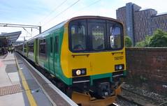 UK classes 150 & 142 (onewayticket) Tags: diesel railway trains transport northern arriva arrivarailnorth arn dmu sprinter