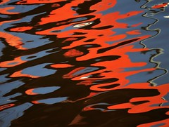 Watercolor (carlos_ar2000) Tags: agua water color colour rojo red rouge reflejo reflected reflection distorsion distortion surreal abstracto abstract buenosaires argentina